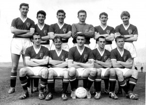 p036-manchester-united-football-team-1958
