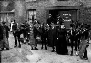 p040-thomas-family-fish-merchants-wolverhampton-late-1800s