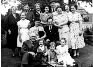 p040-fred-thomas-family-ounsdale-road-wombourne-circa-1950s