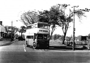 p048-finchfield-bus-bradmore-crossroads-circa-1958