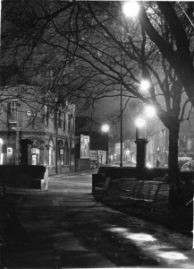 p051-pipers-row-night-1970s