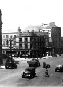 New George Hotel 1930 small Caption Top of Stafford Street 1930